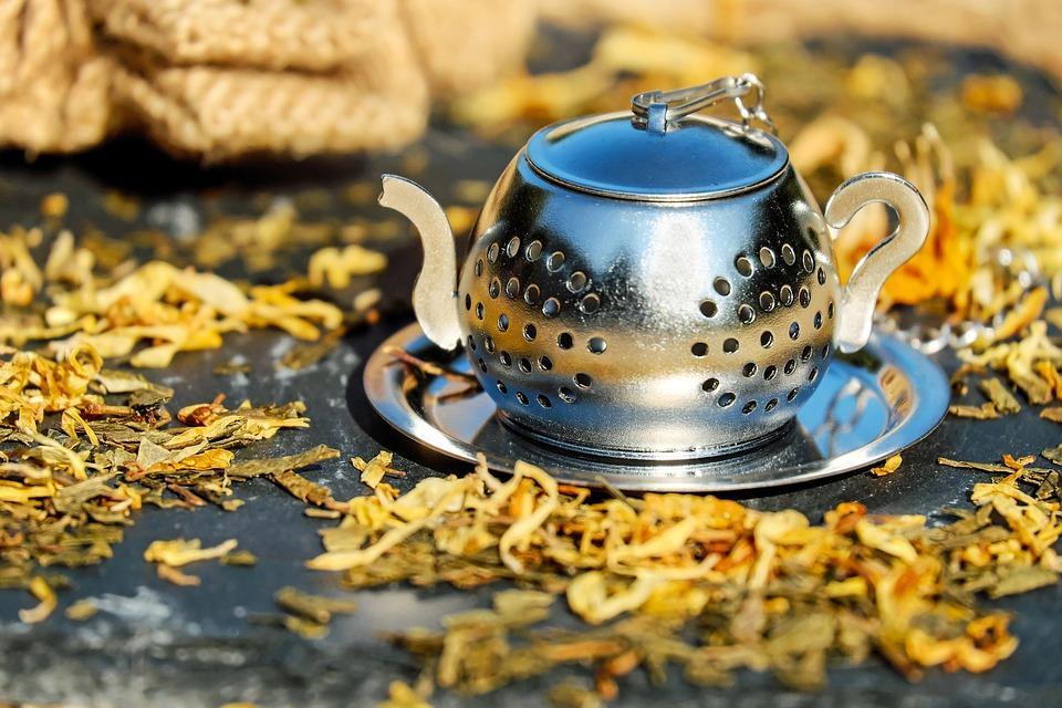 Jak przygotować herbatę zmięty?